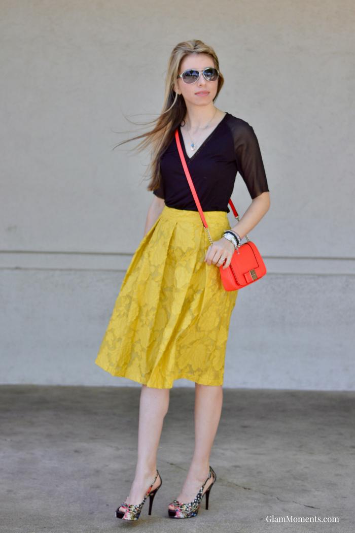 How to Wear a Midi Skirt This Season