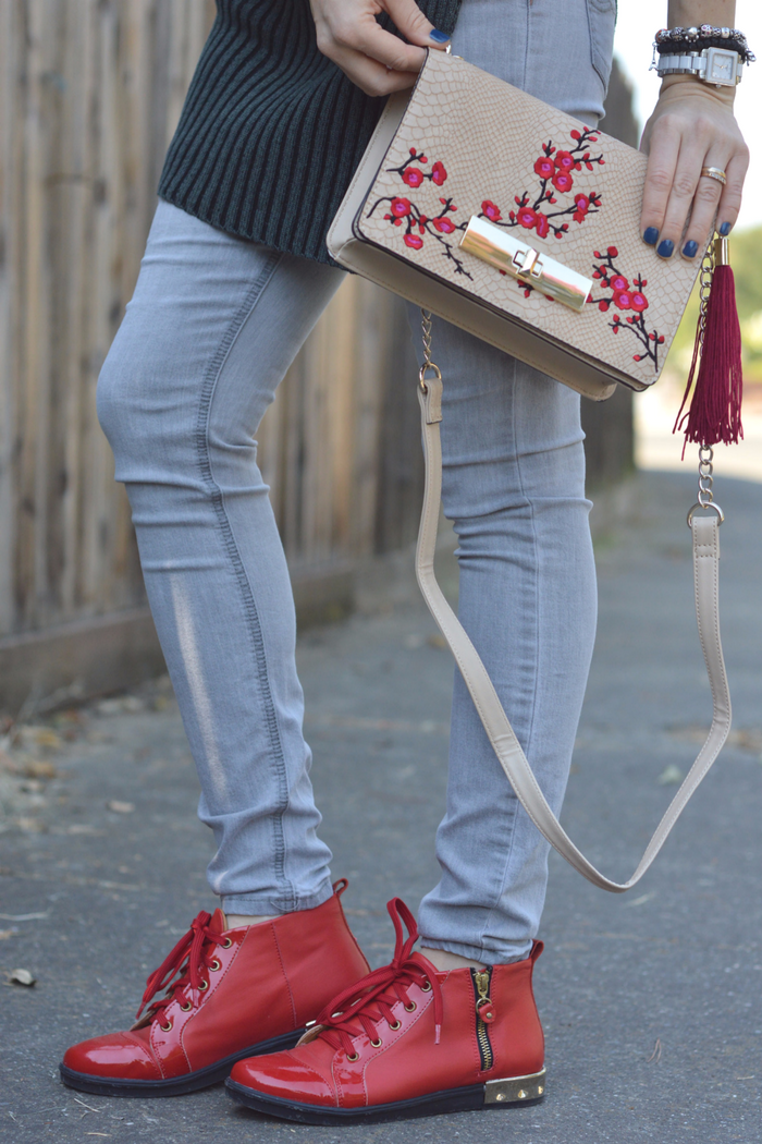 Fall Trends on a Budget | Embroidered Bag and Red Shoes